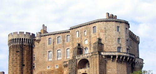 Château de Suze-la-Rousse