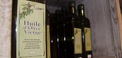 Huile d'olives et olives du producteur